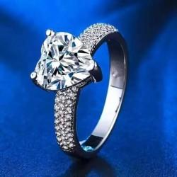 http://www.999shopbd.com/Feeling Of LOVE Ring for women